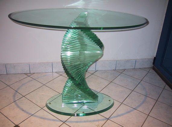 Steklene mize